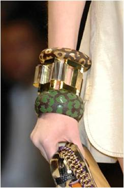 LV cuffs 2