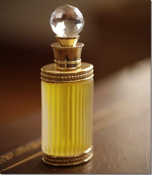 forstrangewomen fragrance