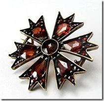 red-garnet-pin-b1